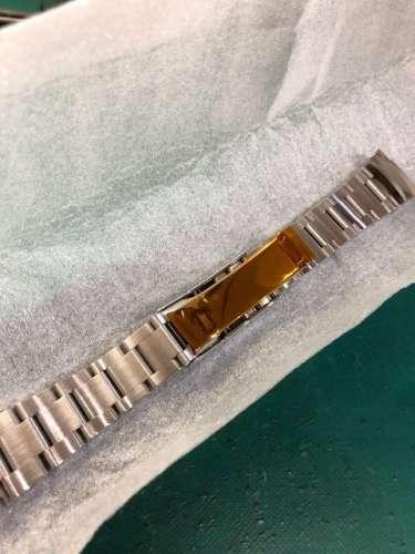 オーバーホール・ロレックス116520用ベルト研磨、新品仕上げしました