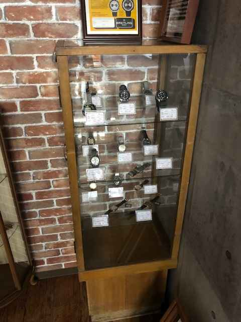 時計修理のウォッチ工房 by ヴィンテージ&ユーズド ウォッチ TRUST 店内風景です。③