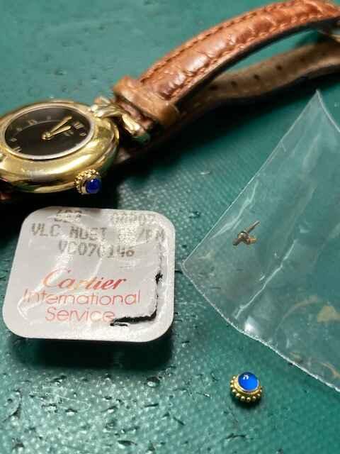 カルティエ コリゼヴェルメイユ040662 リューズ交換しました